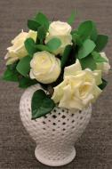 PA10083CR Mixed Rose / Eucalyptus Bqt 6 Flowers Cream 12""