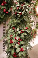XZ10068RG Mixed Pine Holly 2 Sided Garland 10'
